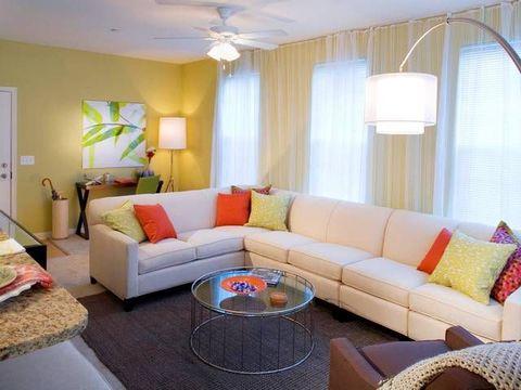 998 Stewart Ave Apt 371107, Garden City, NY 11530