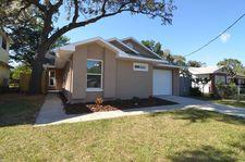 9318 N Oakleaf Ave, Tampa, FL 33612