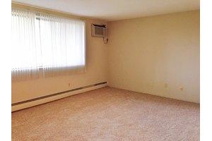 Franklin Terrace $740-$885