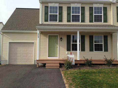 209 Charlan Blvd, Mount Joy, PA 17552