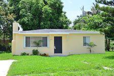2000 West Dr, West Palm Beach, FL 33409