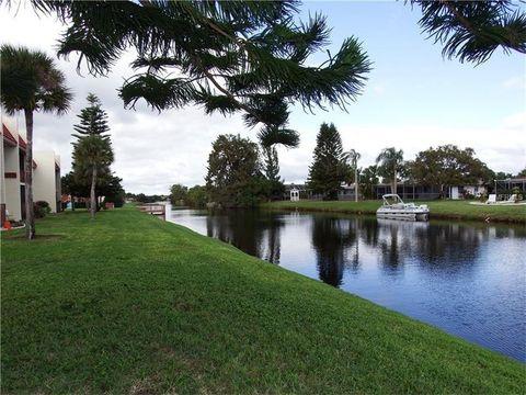 88 Boundary Blvd Apt 142, Rotonda West, FL 33947