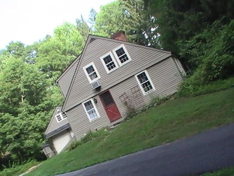 1581 Storrs Rd, Mansfield, CT 06268