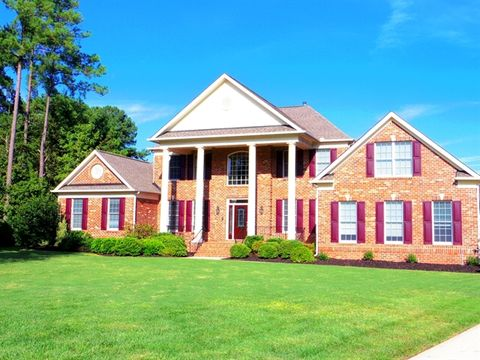 9501 Bluemont Ct, Raleigh, NC 27617