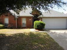 308 Craddock Dr, Glenn Heights, TX 75154