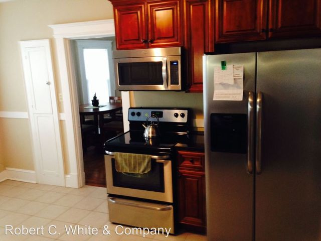 Kitchen cabinets middletown ct - Street 145 147 Liberty St Middletown Ct 06457 Realtor Com