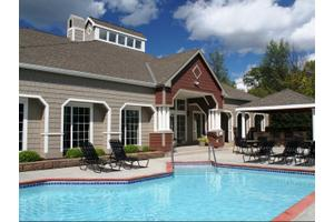 Parkers Lake $1037-$1335