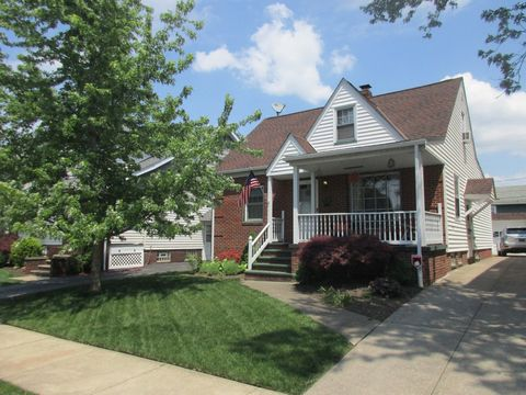4901 E 106th St, Garfield Heights, OH 44125