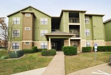 601 Luther St W, College Station, TX 77840