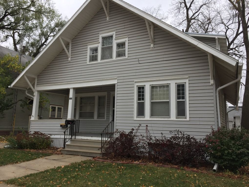 711 N 30th St 1 Lincoln Ne 68503 Home For Rent
