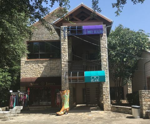 111 Old Kyle Rd, Wimberley, TX 78676