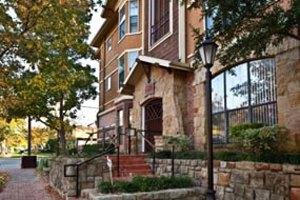 Eastbridge Apartment Photo