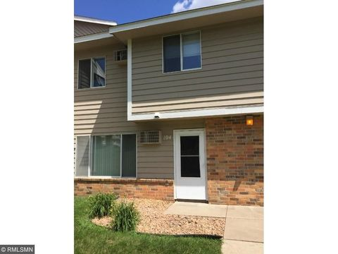 740 W Village Rd Apt 104, Chanhassen, MN 55317