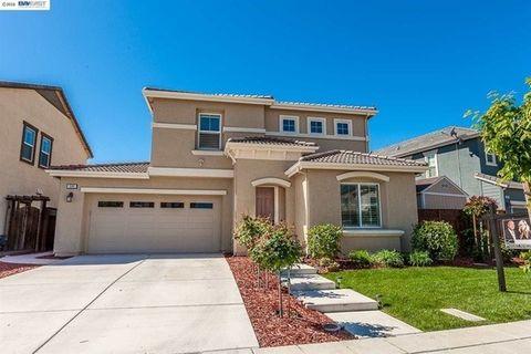 506 W Esplanade Dr, Mountain House, CA 95391