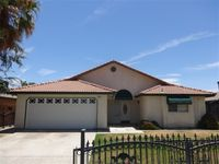 247 Flores Way, Shafter, CA 93263