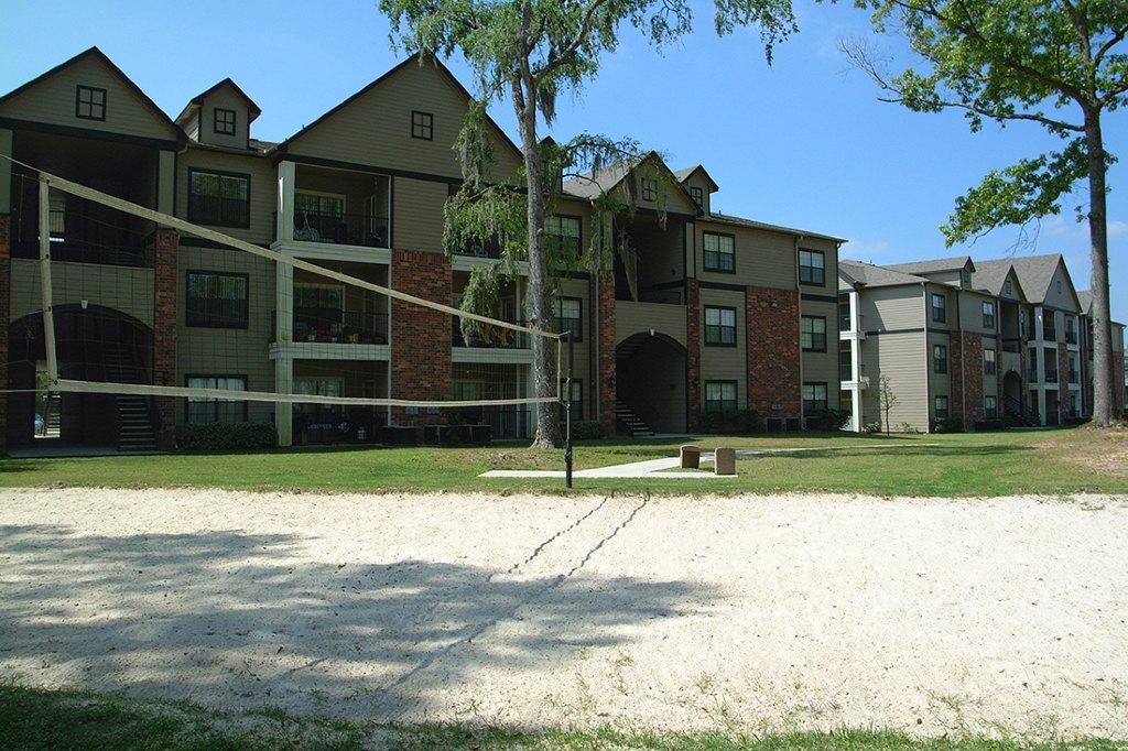 Lakeshore Villas, HUMBLE. Apartment Details, Comments And