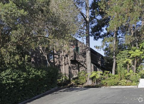 363 Western Dr, Santa Cruz, CA 95060