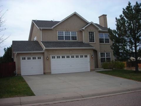 17100 Park Trail Dr, Monument, CO 80132