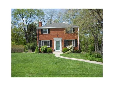 117 Wedgewood Dr, Pittsburgh, PA 15229