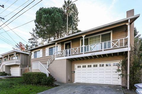 1819 Redwood St, Vallejo, CA 94590