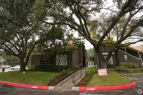 Perrin Oaks Apartments San Antonio