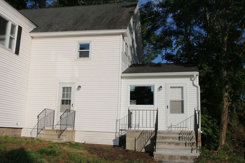 22 Pleasant St Unit 2, Dunstable, MA 01827