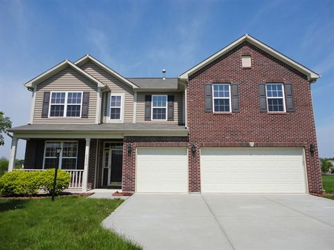 5916 W Falling Waters Dr, McCordsville, IN 46055