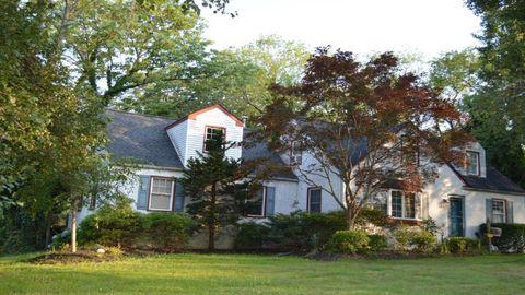 929 Cherry Ln, Southampton, PA 18966