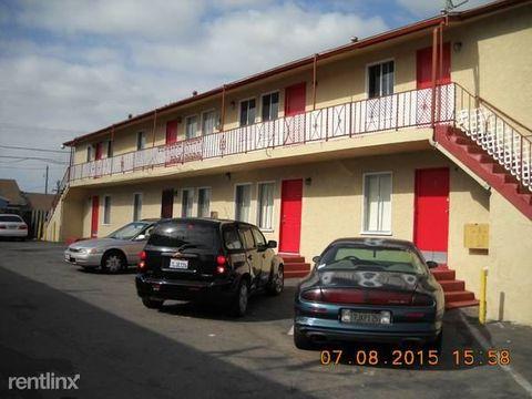810 W 137th St, Compton, CA 90222