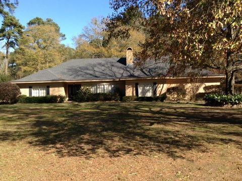 423 Lakewood Dr, Center, TX 75935