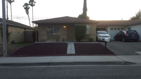 1805 Sequoia Ave, Simi Valley, CA 93063