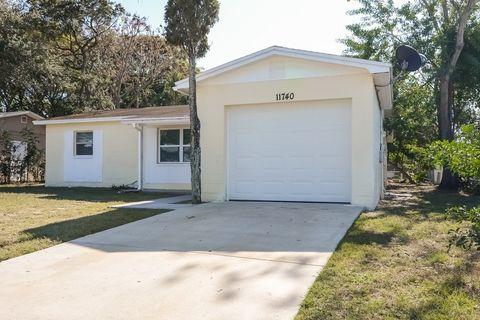 11740 129th Ave, Seminole, FL 33778