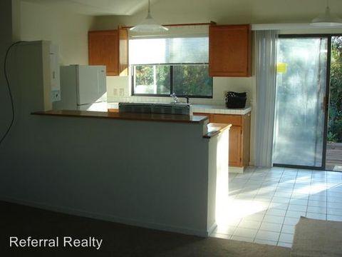 26982 Beaver Ln, Los Altos Hills, CA 94022