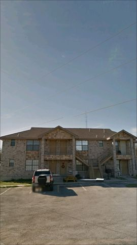 1787 Calle Ginebra Upstairs Apt 4, Eagle Pass, TX 78852