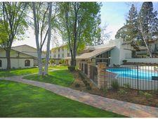 603 Hampshire Rd, Westlake Village, CA 91361