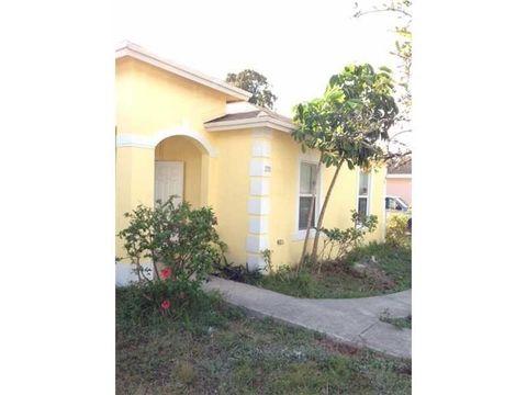 270 Nw 49th St, Miami, FL 33127