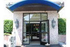 3900 Gateway Dr, Philadelphia, PA 19145
