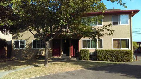 160 Oak Manor Ct Apt A, Ukiah, CA 95482