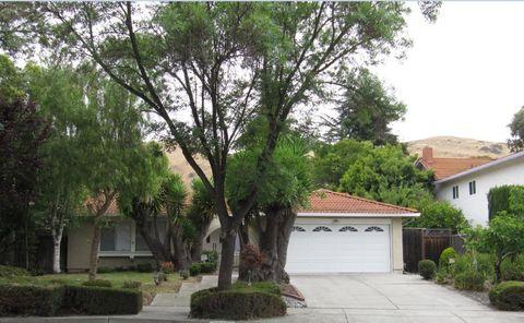 40298 Dolerita Ave, Fremont, CA 94539