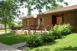 230 6th Ave, Enderlin, ND 58027