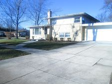 293 May Ct, Chicago Heights, IL 60411