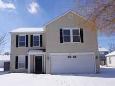 870 Streamside Dr, Greenfield, IN 46140