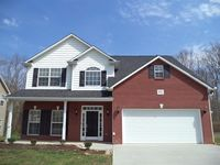 1634 Spring Oak Ln, Lenoir City, TN 37772