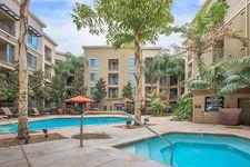 6710 Variel Ave, Woodland Hills, CA 91303