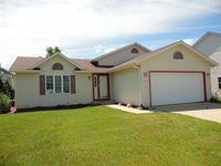 327 Settlement Rd, Hartford, WI 53027