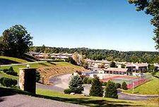 200 Lakeside Village Dr, Morgantown, WV 26508