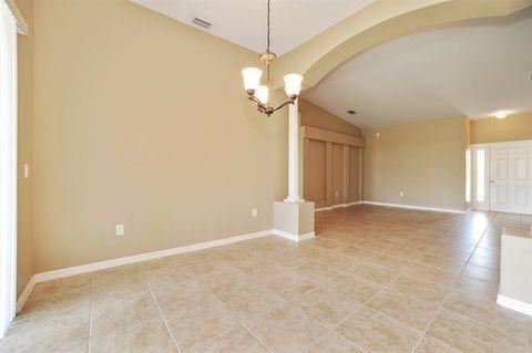 9056 Willowbrook Cir, Bradenton, FL 34212