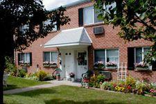 225 Four Seasons Ln, Enola, PA 17025