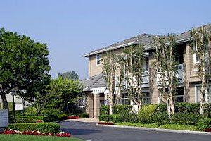 330 W Central Ave, Brea, CA 92821