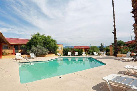 445 N Pantano Rd, Tucson, AZ 85710